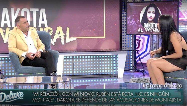 Dakota le cuenta a Jorge Javier su situación actual con Rubén / Foto: Telecinco.es