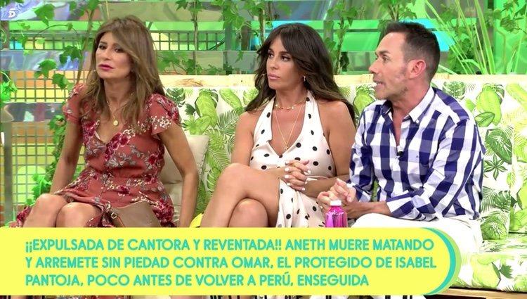 Anabel Pantoja escuchando a Kiko Hernández en 'Sálvame' Foto: Telecinco