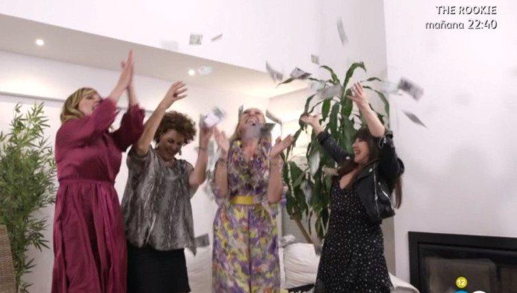 Loles León, Irma Soriano y Belinda Washington celebran la victoria de Rosa Benito en 'Ven a cenar conmigo'/Foto:Telecinco