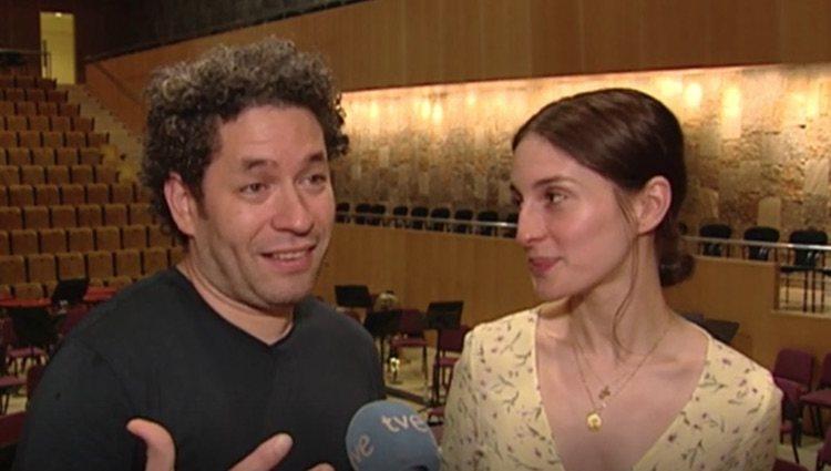 María Valverde y su marido en una entrevista con RTVE/ Foto: rtve.es