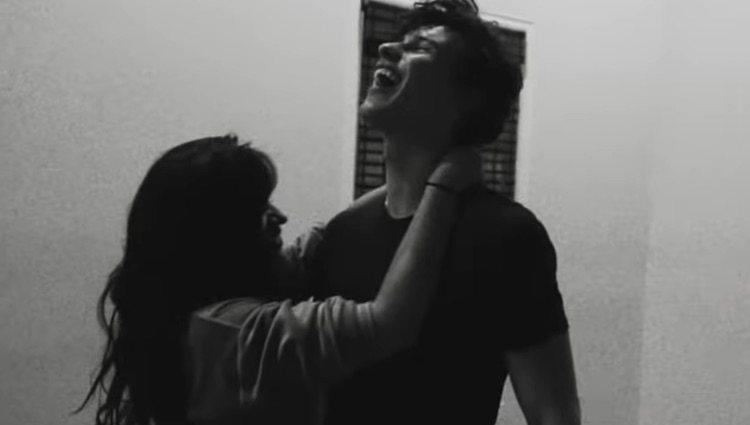 Camila Cabello y Shawn Mendes ensayando 'Señorita'/ Foto: Instagram