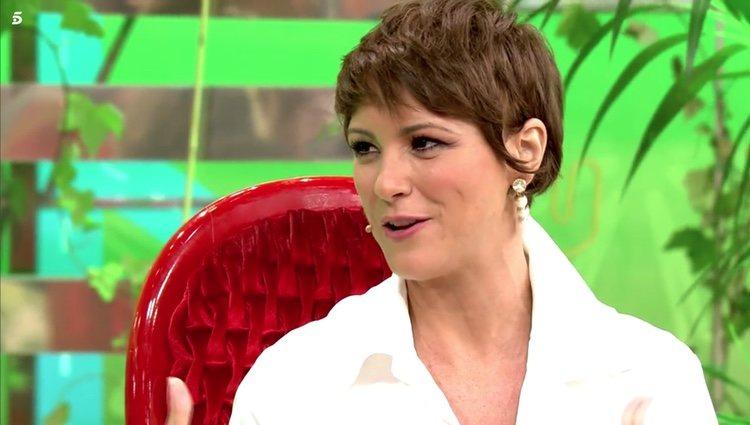 María Jesús Ruiz mira con cara de póker a Kiko Hernández en 'Sálvame' Foto: Telecinco