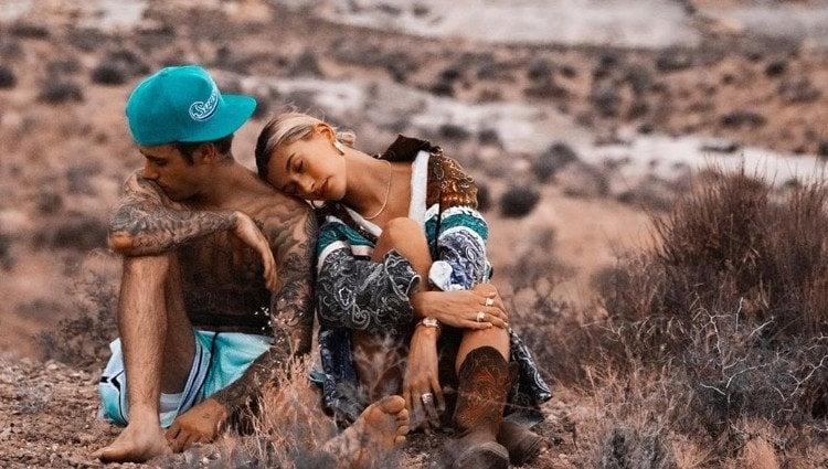 Hailey Baldwin celebra su primer aniversario con Justin Bieber con esta romántica fotografía/Foto:Instagram