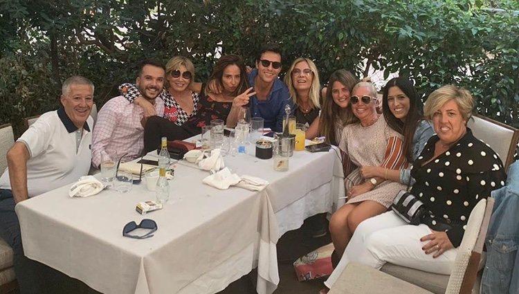 Mila Ximénez y amigos | Instagram