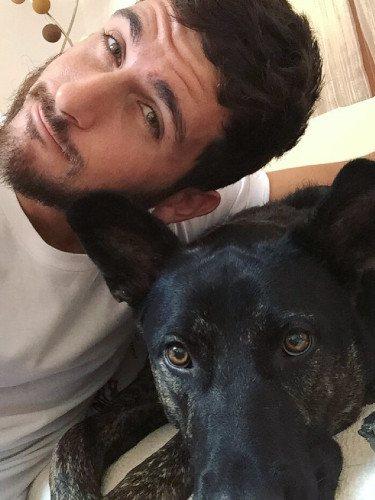 Álvaro Gango se despide de su perro Clever/Foto:Instagram