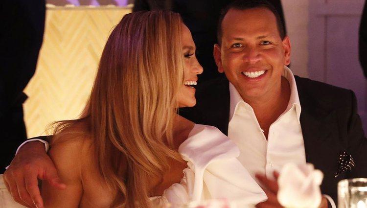 Jennifer Lopez y Alex Rodriguez en su fiesta de compromiso/Foto: Instagram
