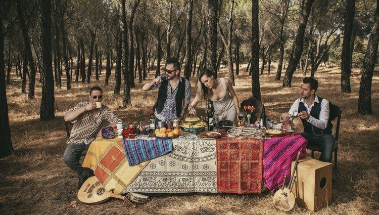 La riqueza musical de Jenny and the Mexicats reside en la mezcla de culturas