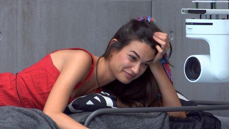 Estela durante su conversación con Kiko | mitele.es