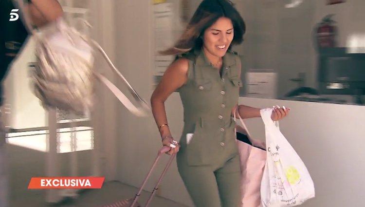 Chabelita saliendo de casa de Kathy / Telecinco.es