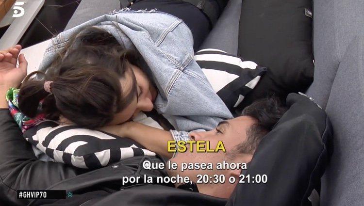 Kiko y Estela hablando del tema de la infidelidad   Foto: telecinco.es