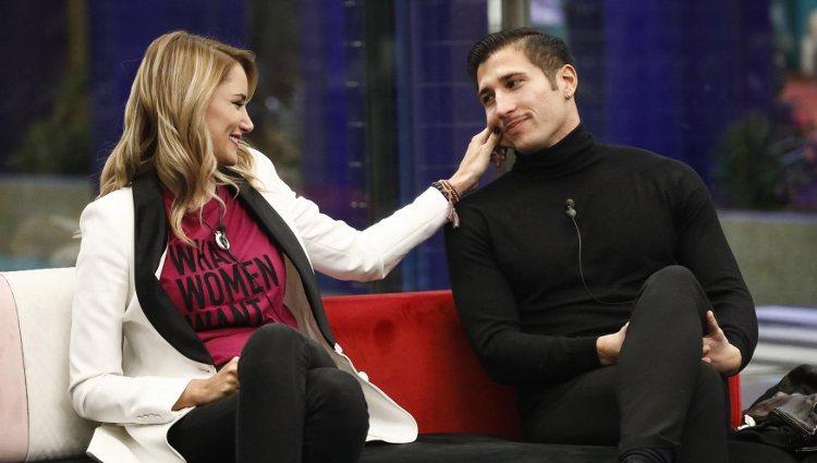 Gianmarco y Alba Carrillo minutos antes de la expulsión | @ZeppelinTV