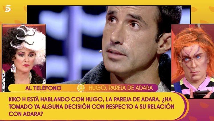 Kiko Hernández y Carlota Corredera hablando con Hugo Martín en 'Sálvame'