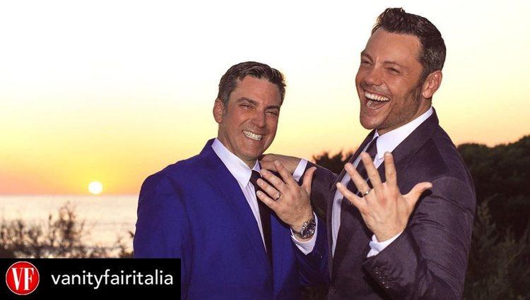 Tiziano Ferro y Víctor Allen se casaron dos veces | Foto: Instagram Vanity Fair Italia