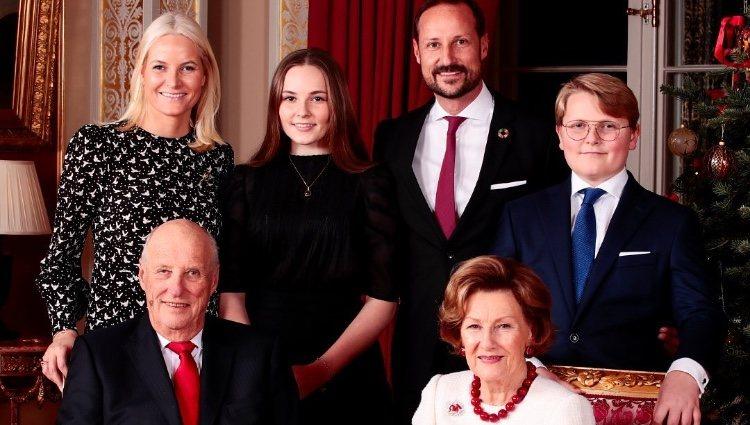 Posado de la Familia Real Noruega para felicitar la Navidad de 2019/ Foto: Instagram