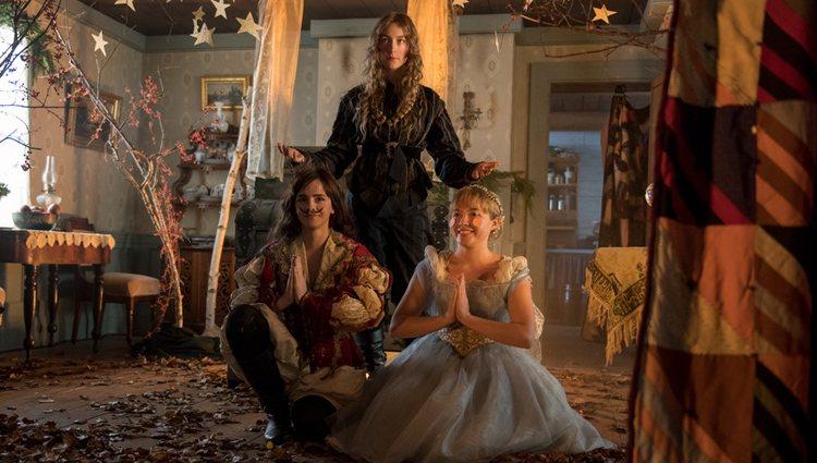 Emma Watson, Saoirse Ronan y Florence Pugh en 'Mujercitas'