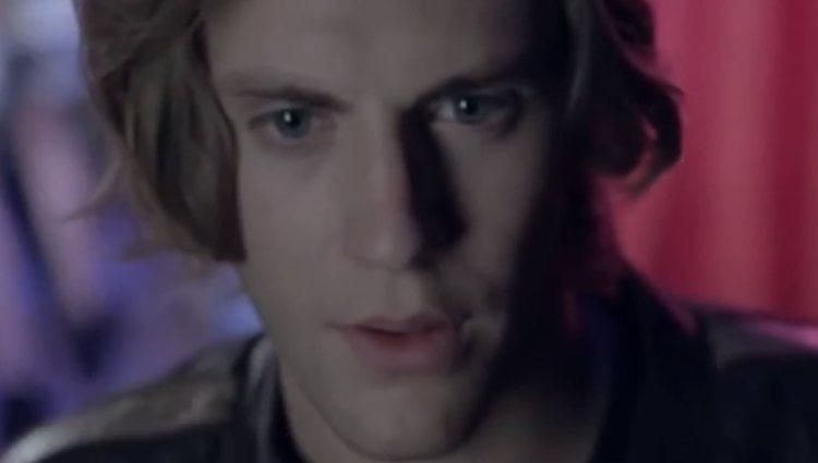 Jaime Olías, protagonista de un videoclip de Apollo Flytrap