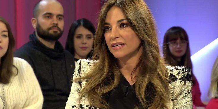 """Mariló Montero critica el pin antifascista de Pablo Iglesias en la toma de posesión: """"Es un acto de rebeldía"""""""