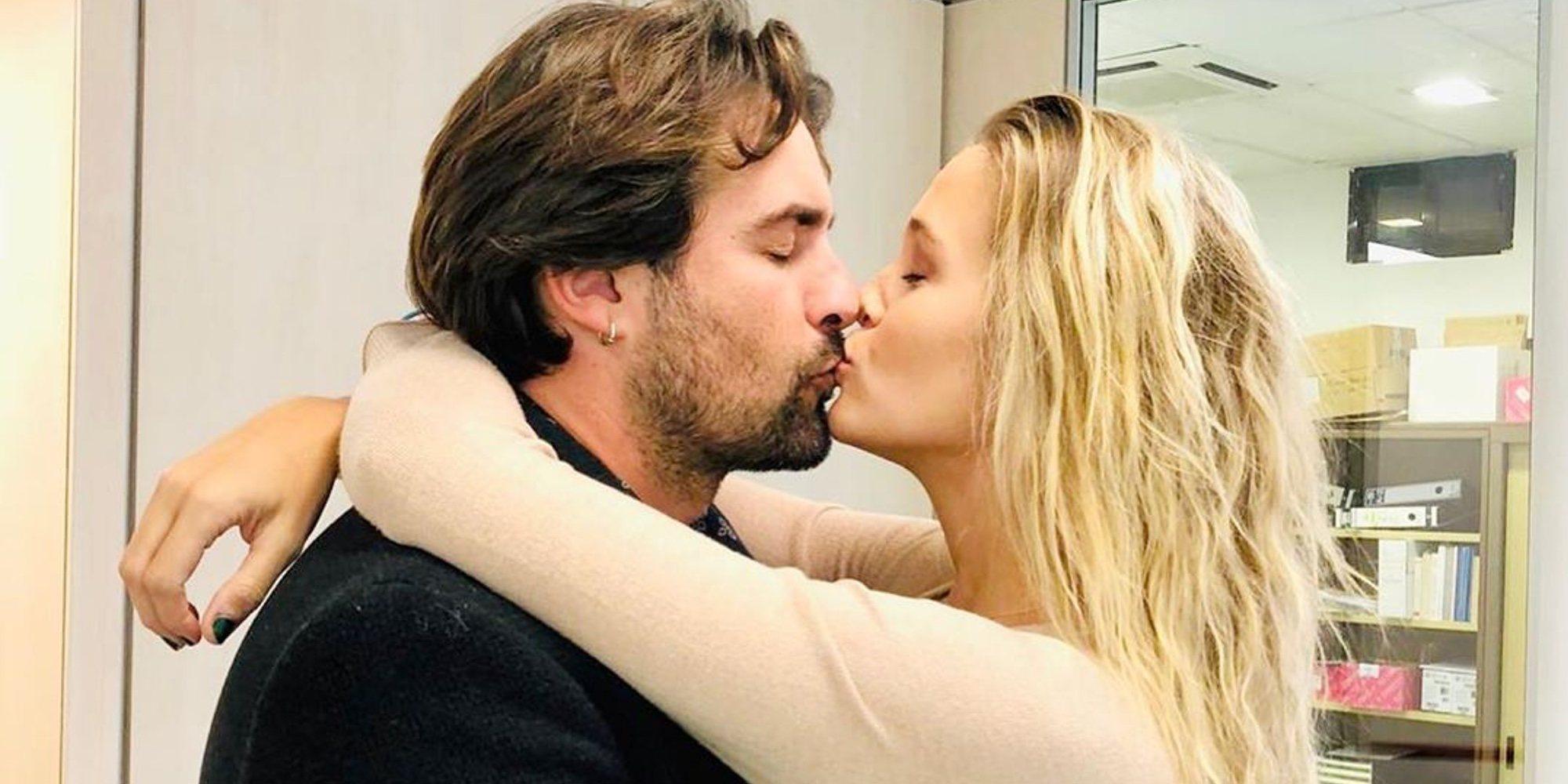 Álex Adrover y Patricia Montero se casan en el juzgado y anuncian próximo 'bodorrio'