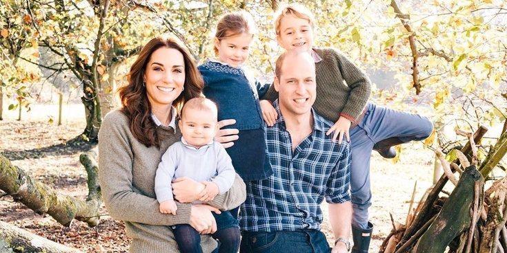 Las vacaciones en el campo de los Príncipes Jorge, Carlota y Luis de Cambridge entre ovejas y tractores