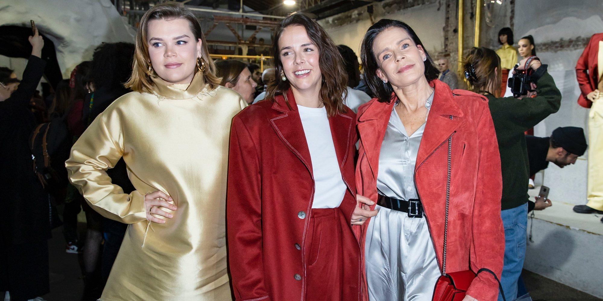Pauline Ducruet triunfa en la Semana de la Moda de París arropada por Estefanía de Mónaco y Camille Gottlieb
