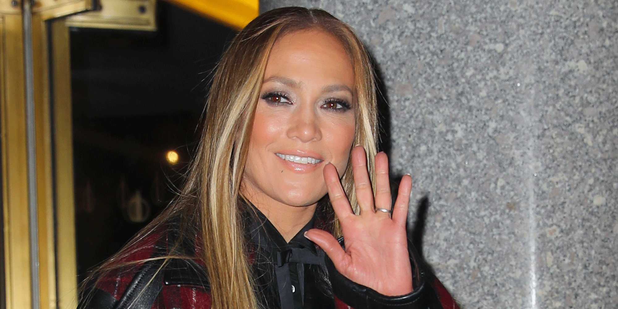 Este es el paralelismo del confinamiento de Jennifer Lopez por el coronavirus con la película 'Parásitos'