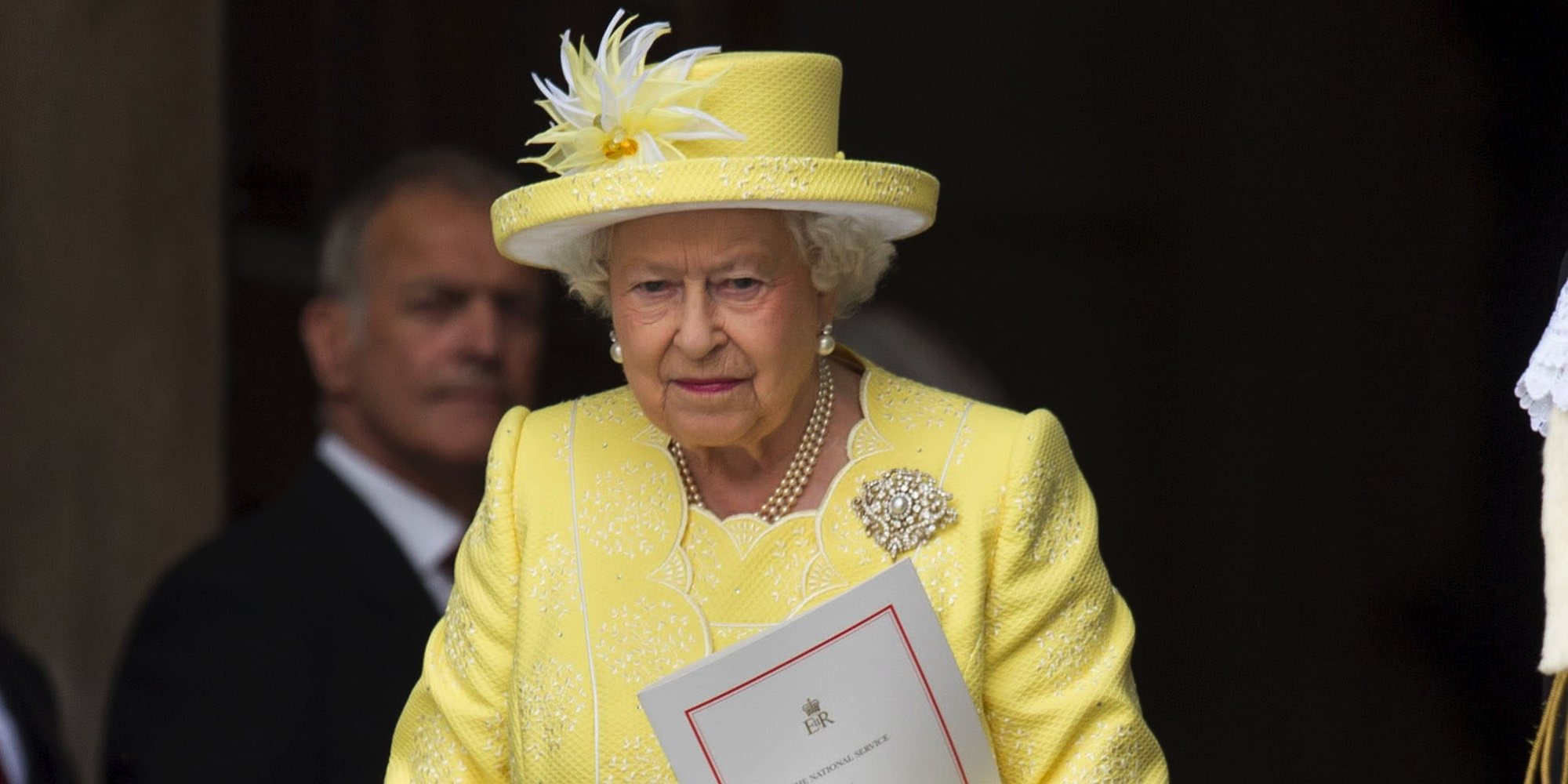 Un trabajador de la Reina Isabel en el Palacio de Buckingham da positivo por coronavirus