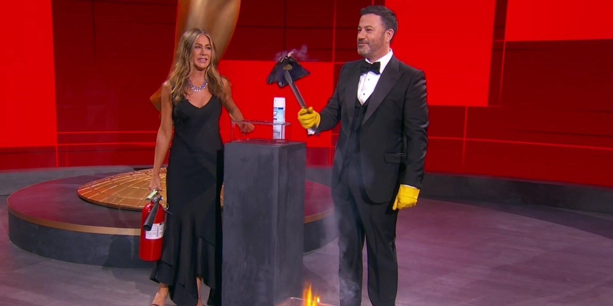 Así han sido los Emmy 2020 telemáticos: del incendio de Jennifer Aniston y Jimmy Kimmel al PCR de Jason Sudeikis