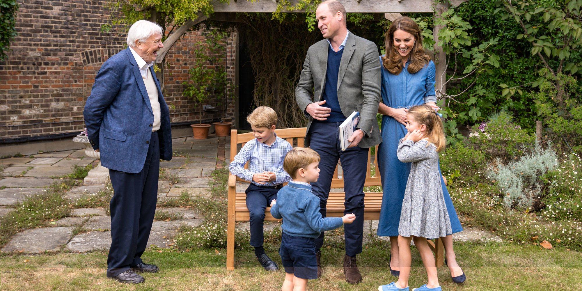 El Príncipe Jorge, la Princesa Carlota y el Príncipe Luis, emocionados con la visita y el regalo de David Attenborough