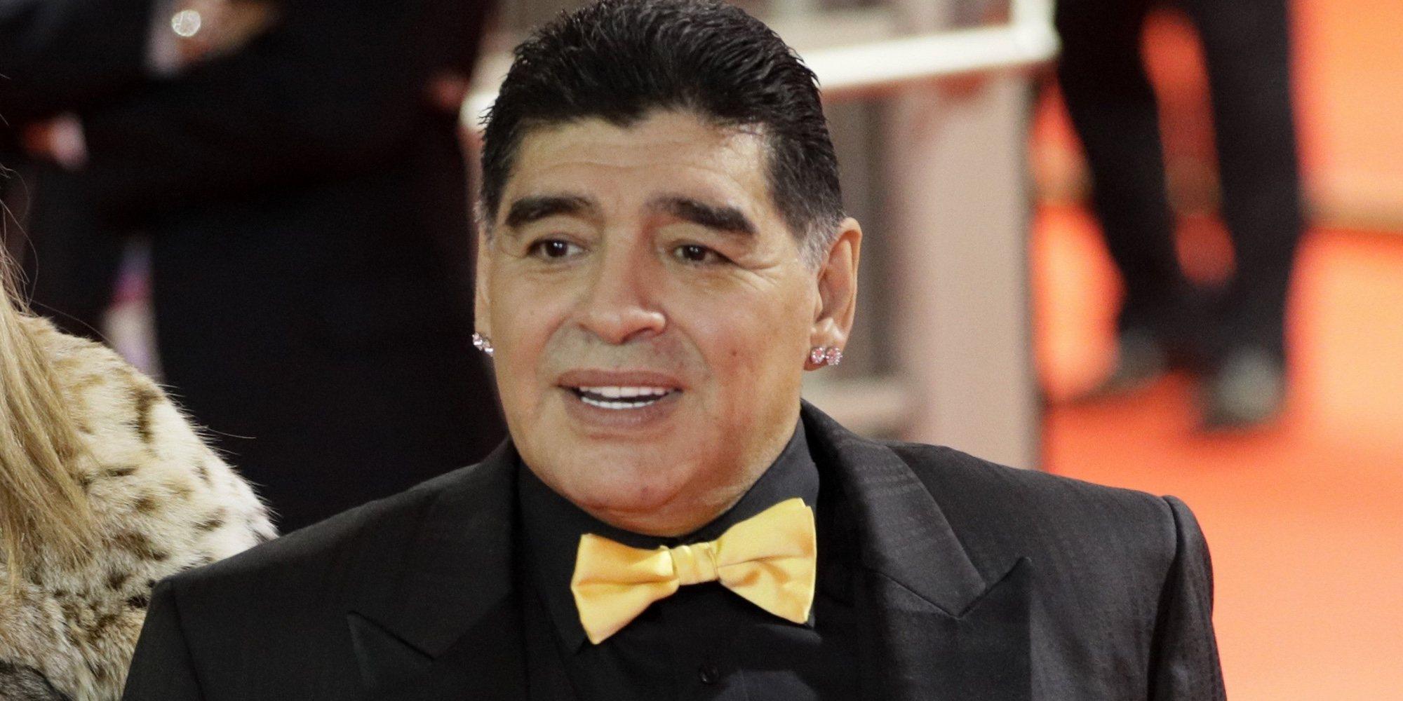 Maradona recibe el alta tras ser operado de un hematoma en la cabeza y atravesar el peor momento de su vida
