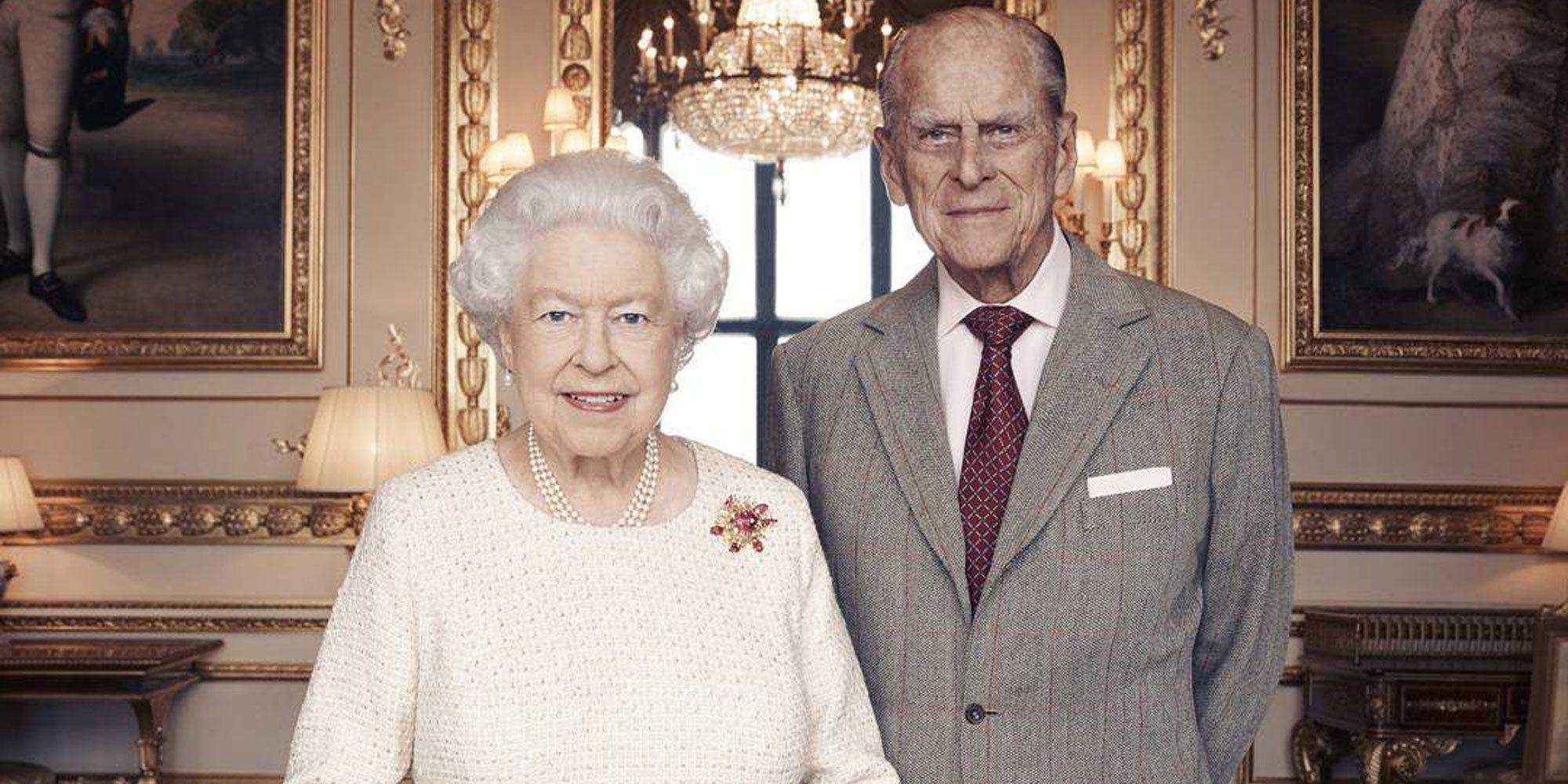 La Reina Isabel y el Duque de Edimburgo celebran su 73 aniversario de boda con un símbolo y un regalo familiar