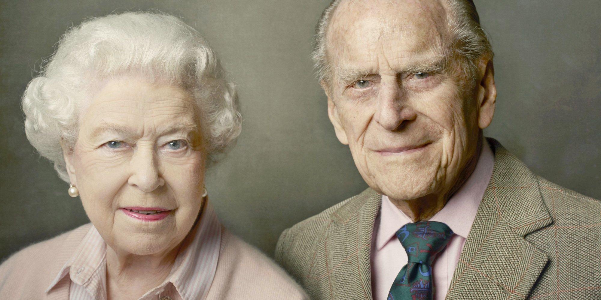 La Reina Isabel y el Duque de Edimburgo reciben la vacuna contra el coronavirus
