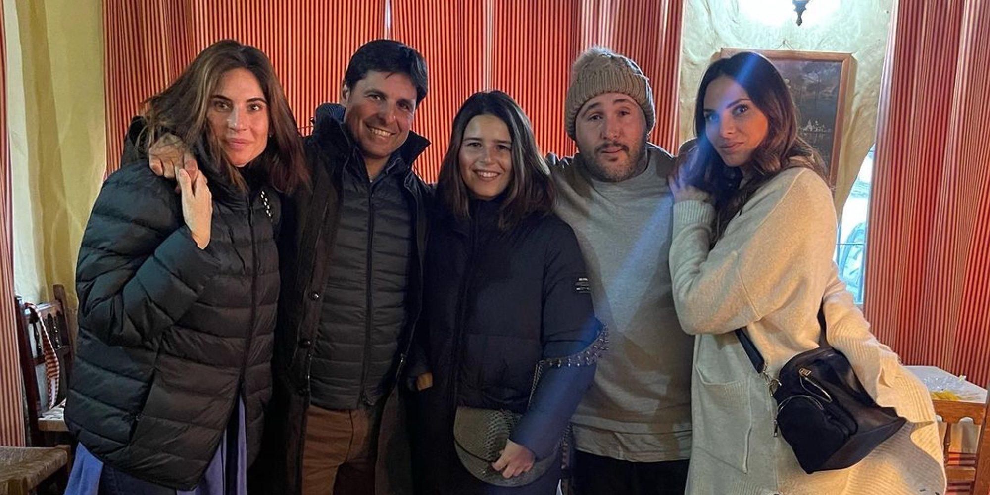 El plan de domingo de Kiko Rivera e Irene Rosales con Fran Rivera, Lourdes Montes y Tana Rivera