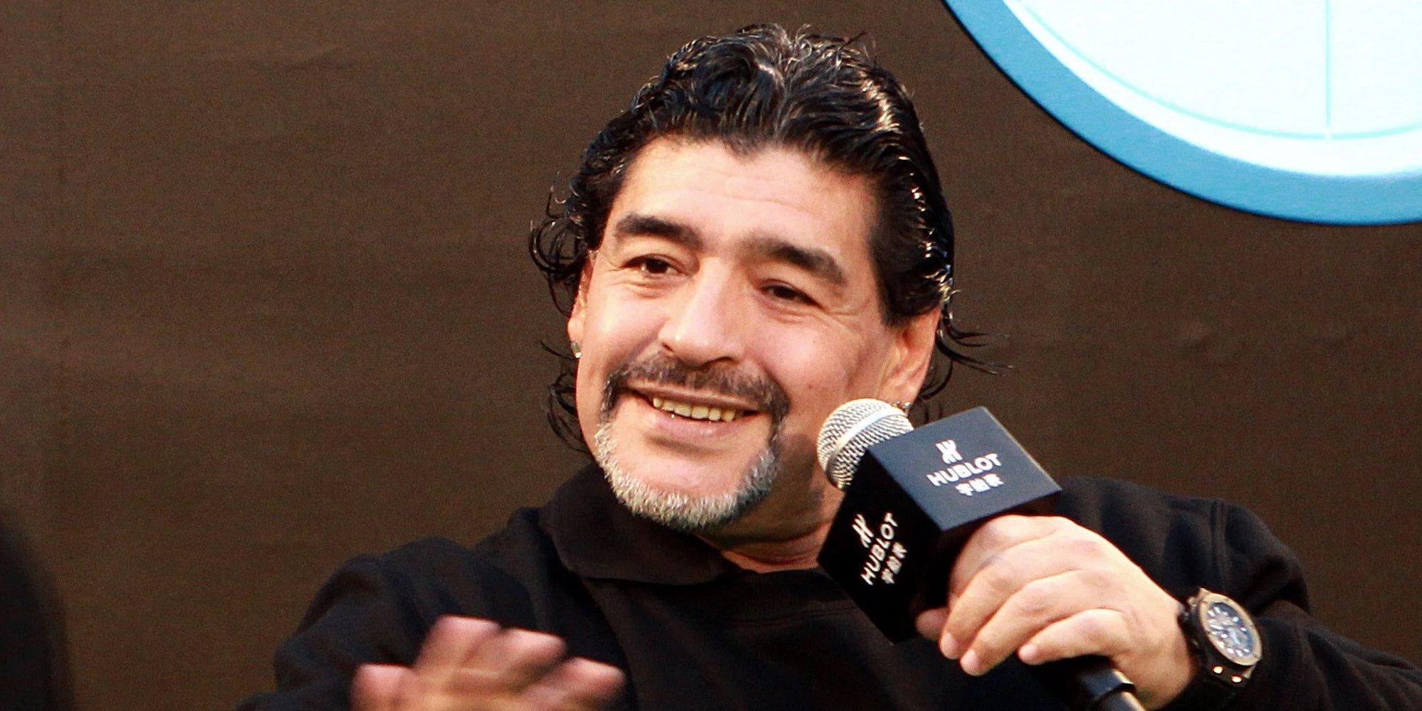 Encontrados varios documentos del médico personal de Maradona con firmas del futbolista que podrían ser falsas