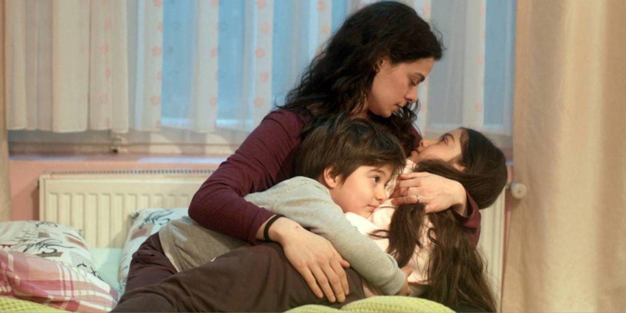 El éxito de 'Mujer': Las claves por las que esta serie turca ha conseguido brillar