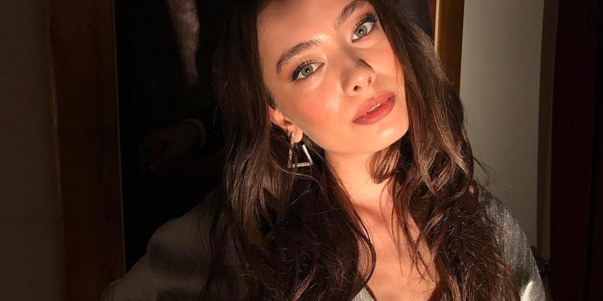 Neslihan Atagül, de 'Kara Sevda', protagonizará una película con Penélope Cruz y Luis Tosar