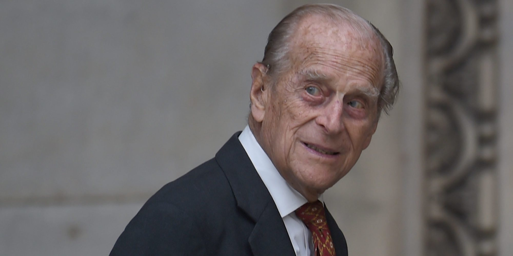 El Duque de Edimburgo, trasladado a otro hospital para ser tratado de una infección y un problema cardíaco preexistente