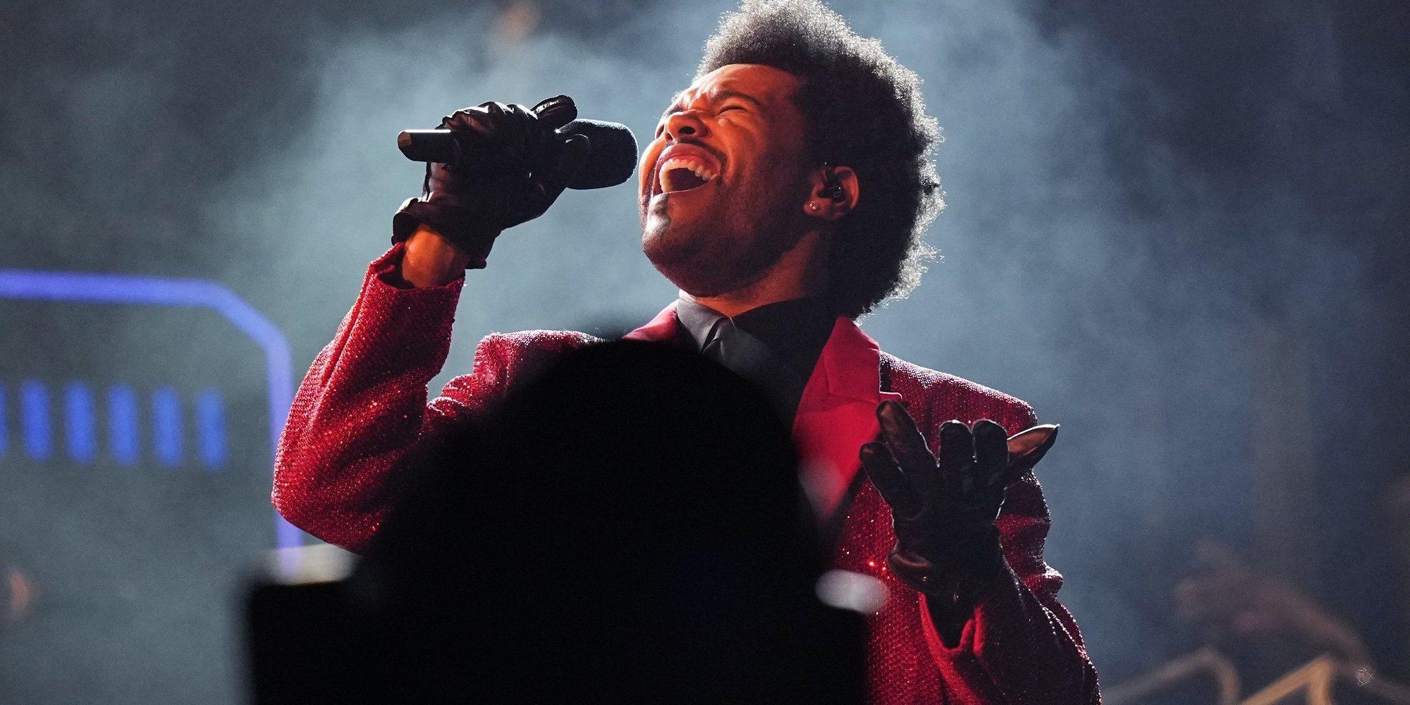 The Weeknd hace historia con su ya famosa canción 'Blinding lights'