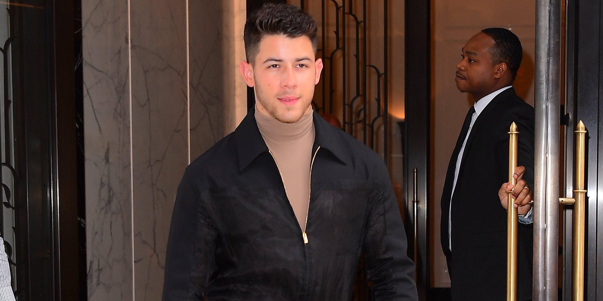 Nick Jonas ha tenido que ser hospitalizado tras sufrir un accidente mientras trabajaba