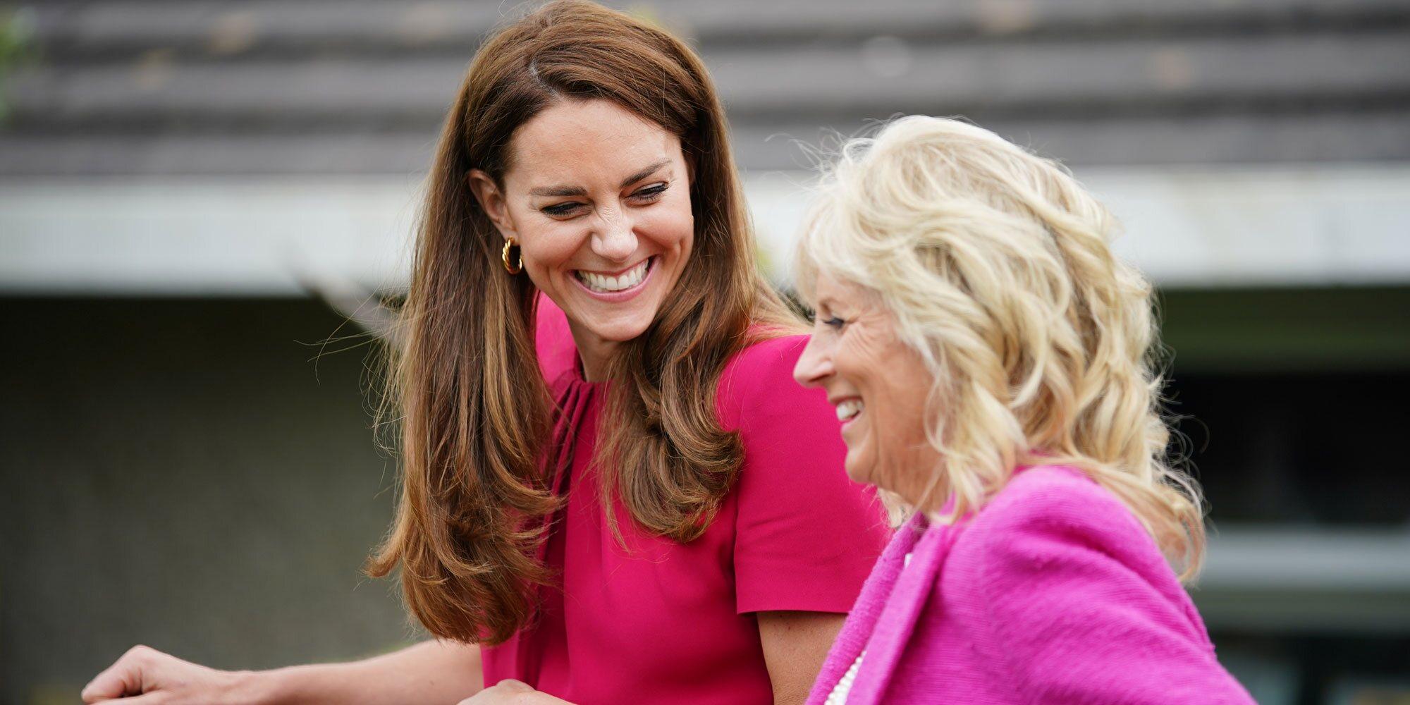 Lilibet Diana 'se cuela' en el encuentro de Kate Middleton y Jill Biden en una visita a una escuela en Cornualles