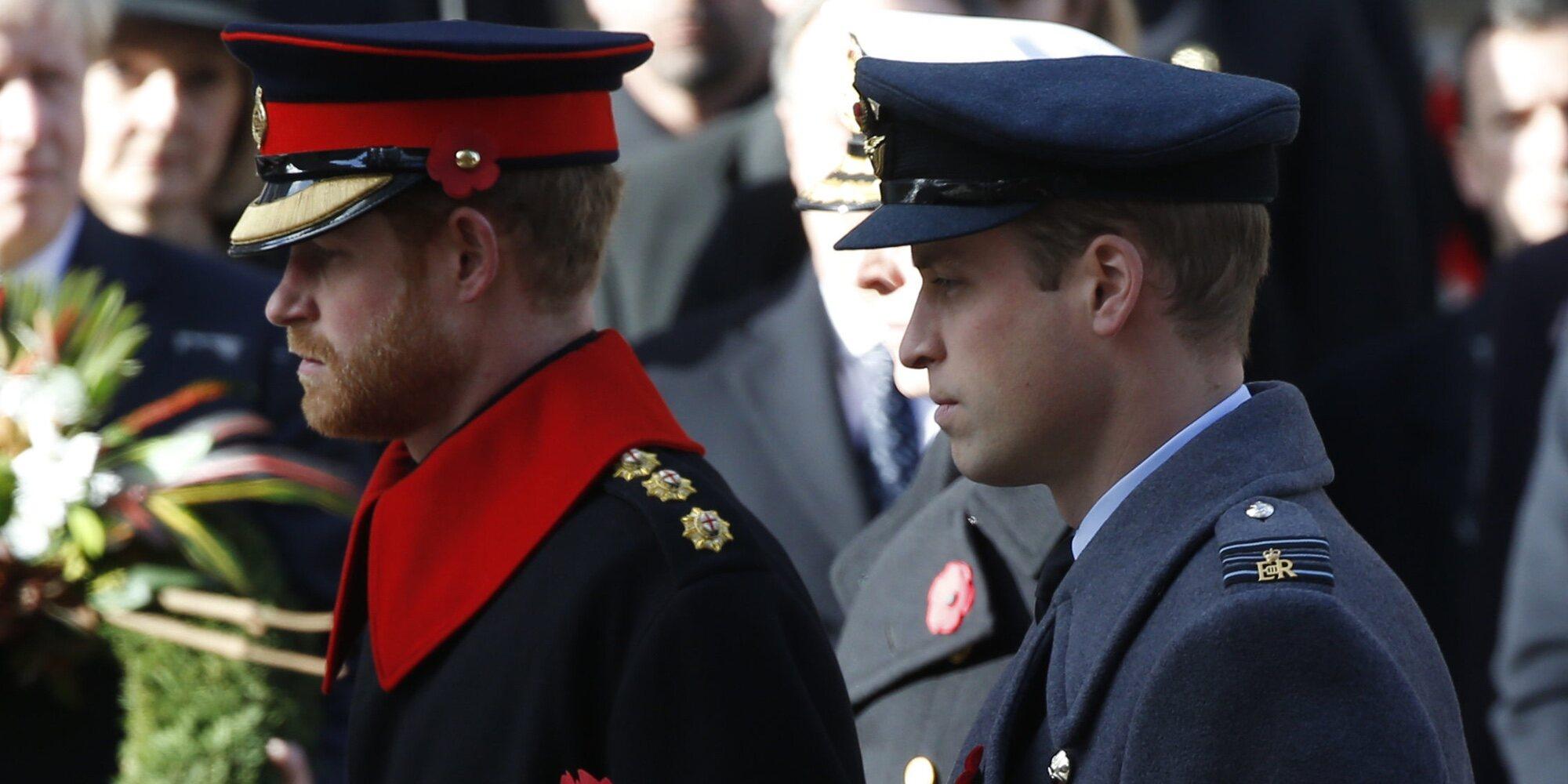 Fue el Príncipe Guillermo el que decidió alejarse del Príncipe Harry y no al revés según una nueva versión