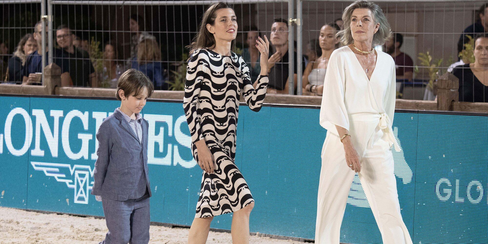 Raphaël Elmaleh, aprendiz de royal con Carolina de Mónaco y Carlota Casiraghi en el Concurso de Saltos de Monte-Carlo