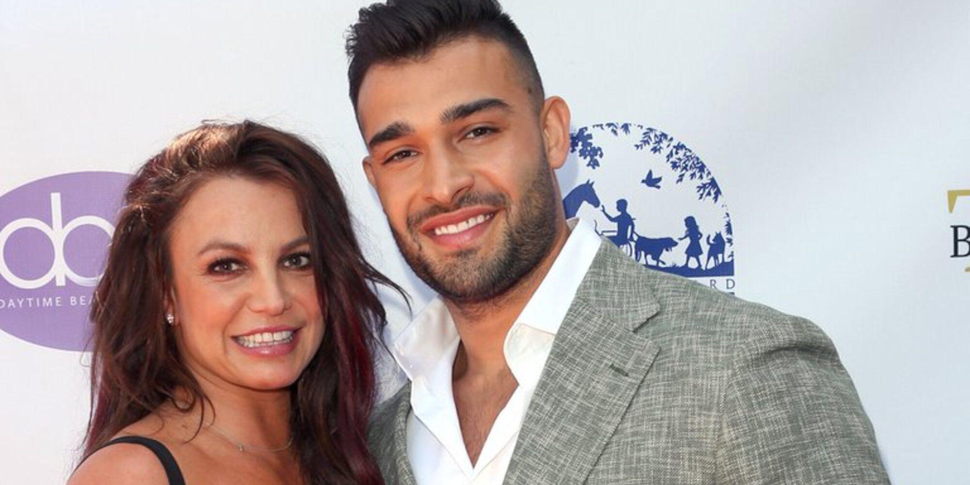 Sam Asghari, novio de Britney Spears, sufre un accidente de coche