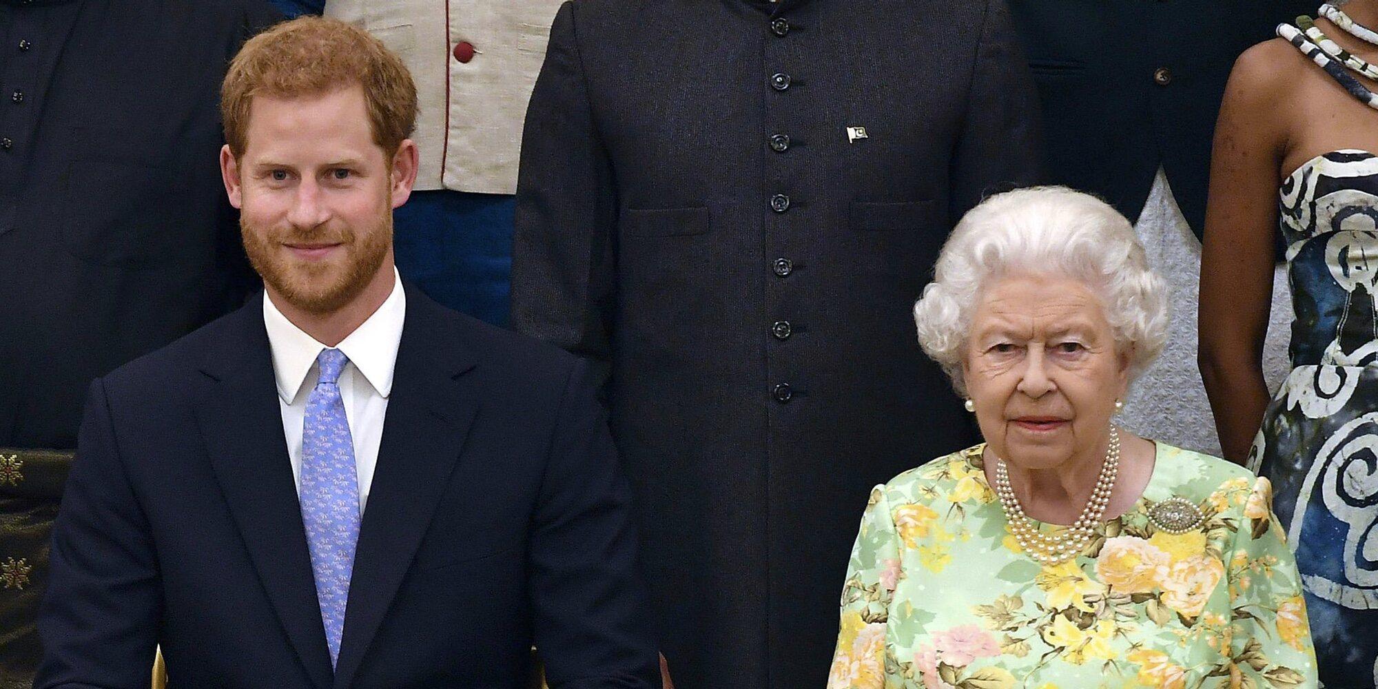 Un as en la manga: El Príncipe Harry publicará uno de sus libros cuando muera su abuela la Reina Isabel