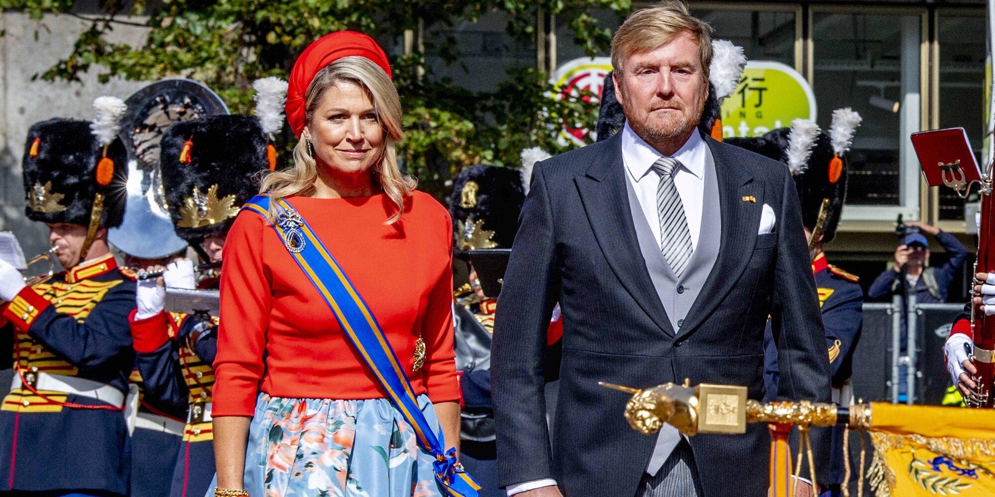 Reencuentro familiar, lesión cubierta y el llamativo look de Máxima de Holanda en el Prinsjesdag 2021
