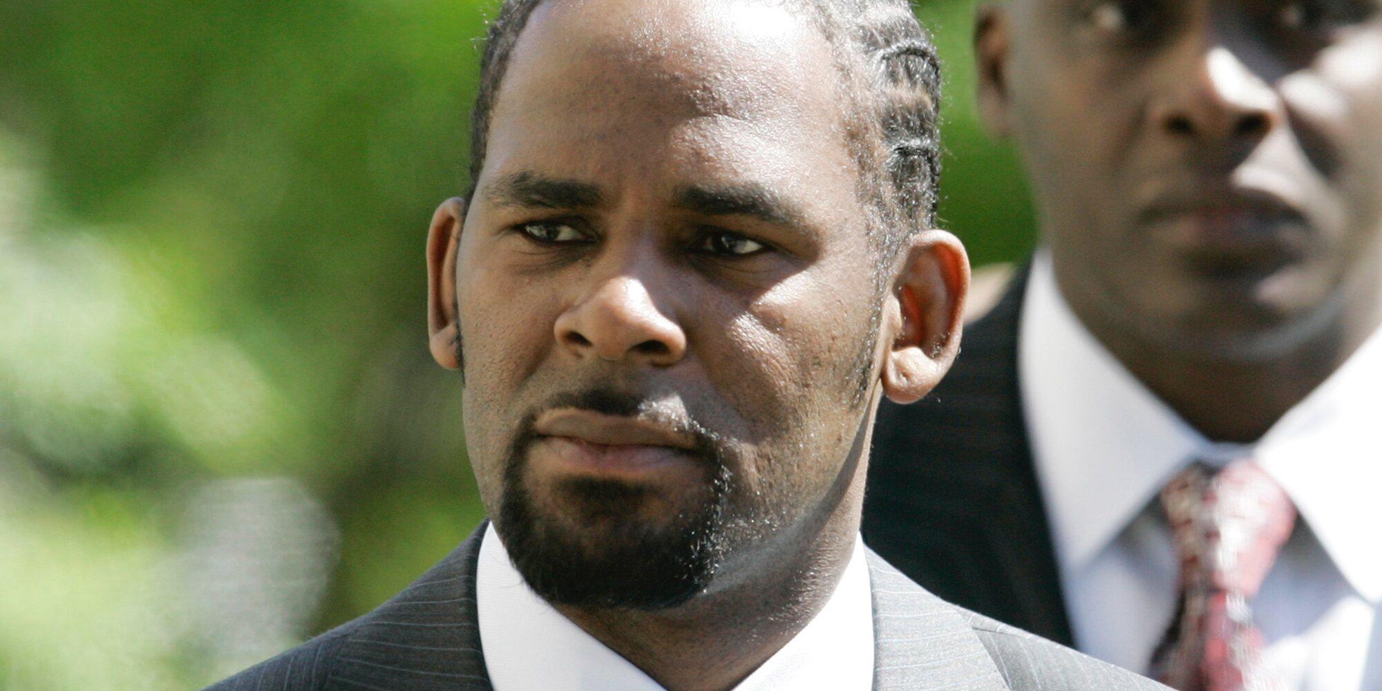 El rapero R. Kelly, condenado a cadena perpetua por abuso y tráfico sexual a mujeres y niñas