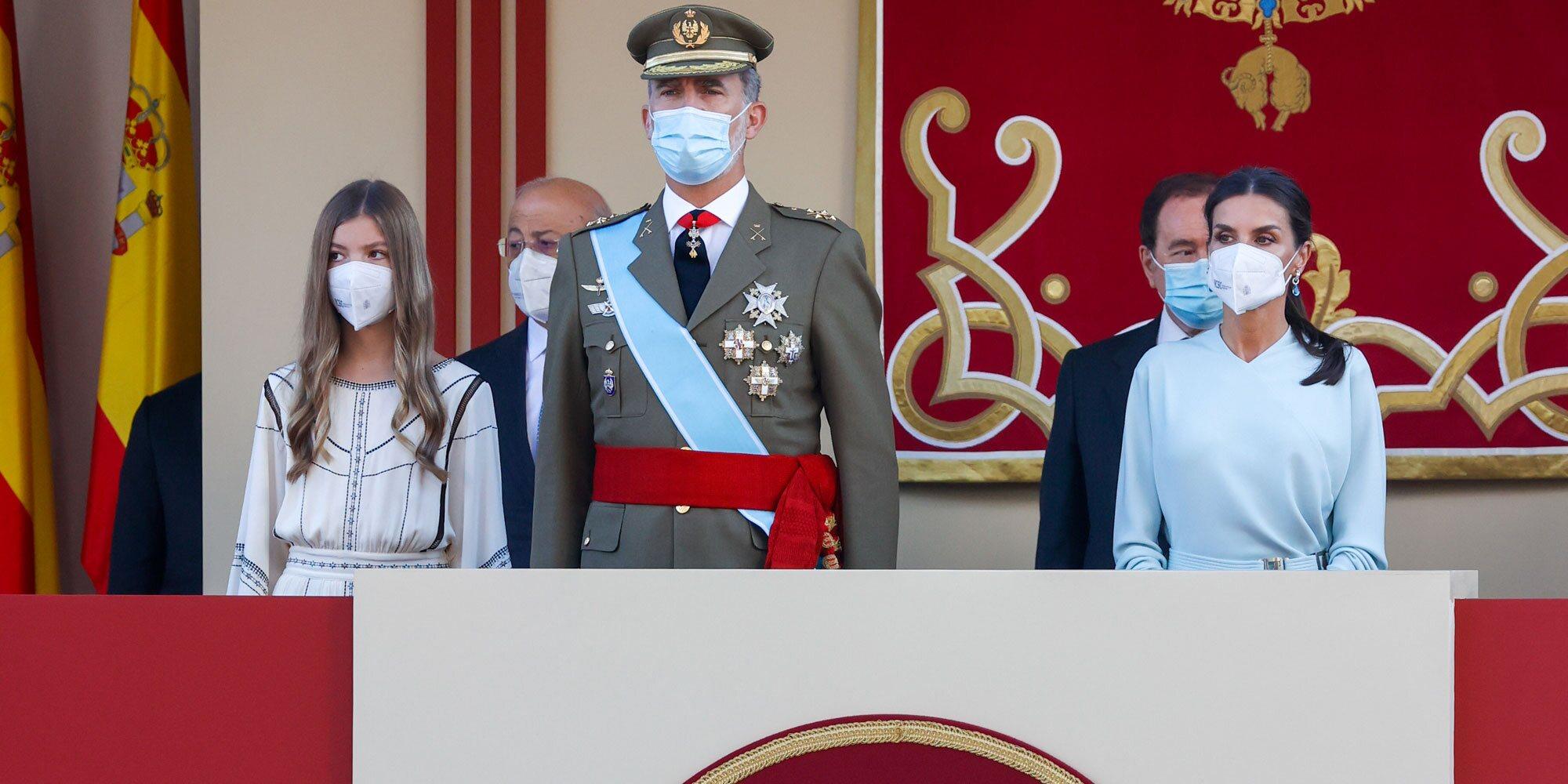 Los Reyes Felipe y Letizia y la Infanta Sofía en la Hispanidad 2021: gran ausencia, complicidad y un detalle