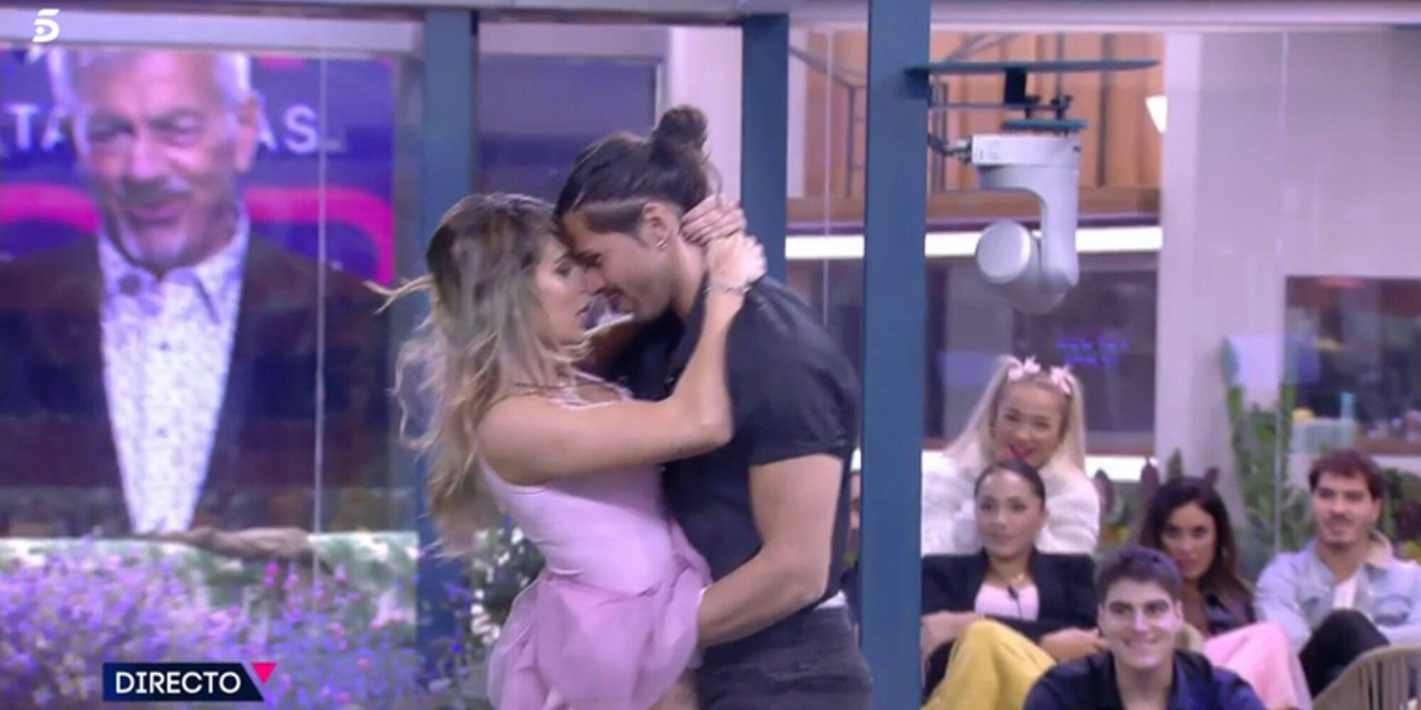 """Luca y Cristina se dan su segundo beso de película en 'Secret Story': """"Ha sido feísimo, muy vulgar"""""""