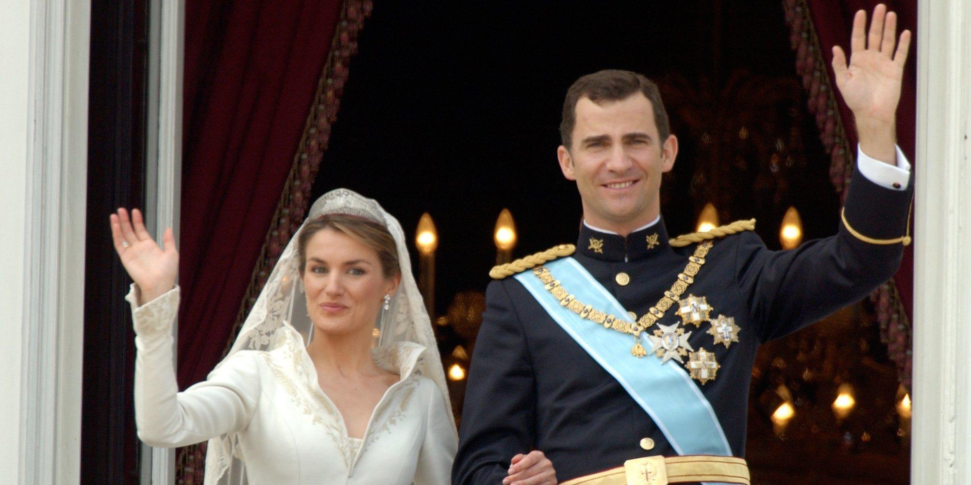 Así fue la boda de los Reyes Felipe y Letizia: un enlace inolvidable pasado por agua