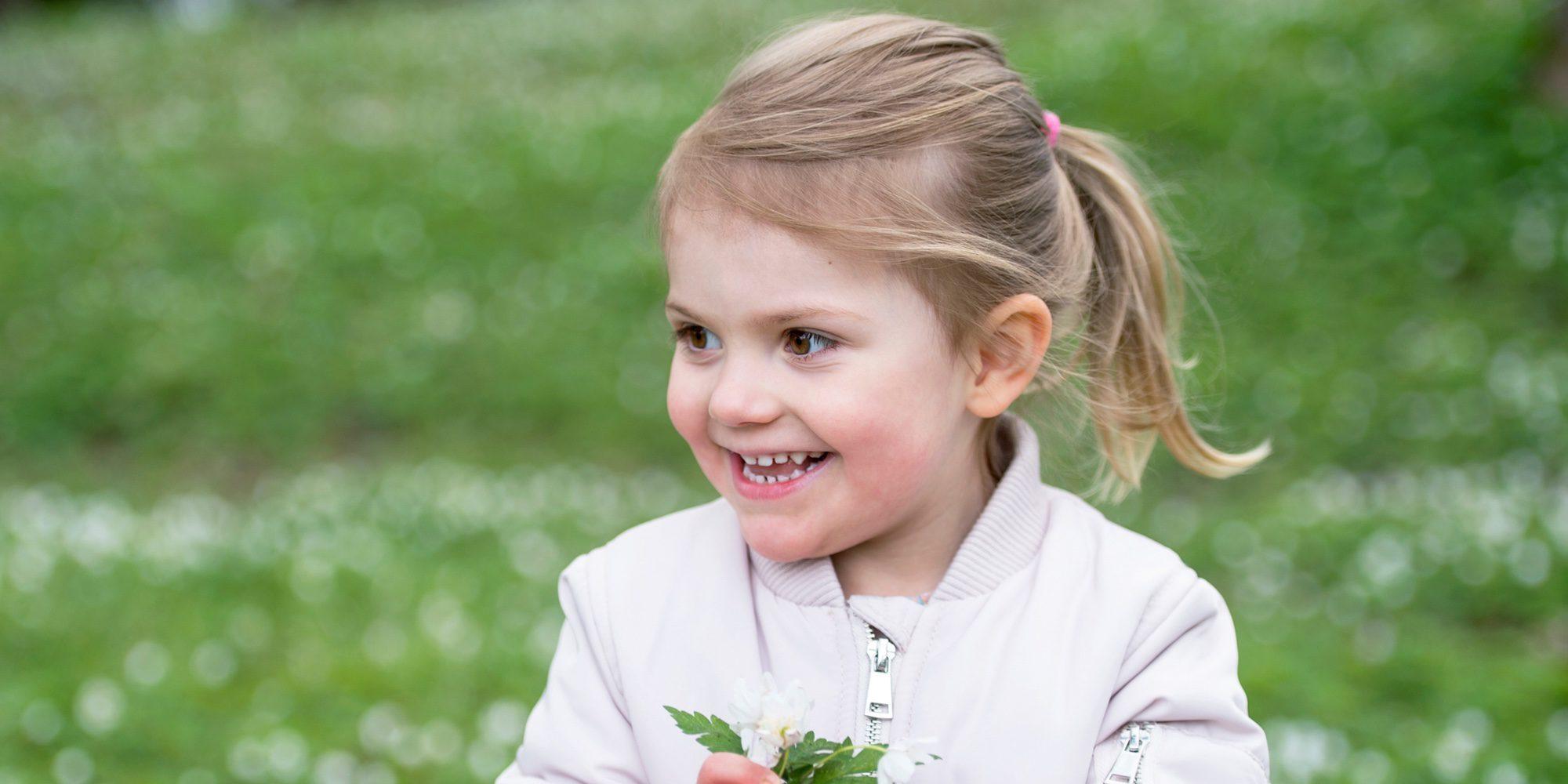 Los 5 momentos más graciosos de Estela de Suecia, la princesa más espontánea de la realeza europea