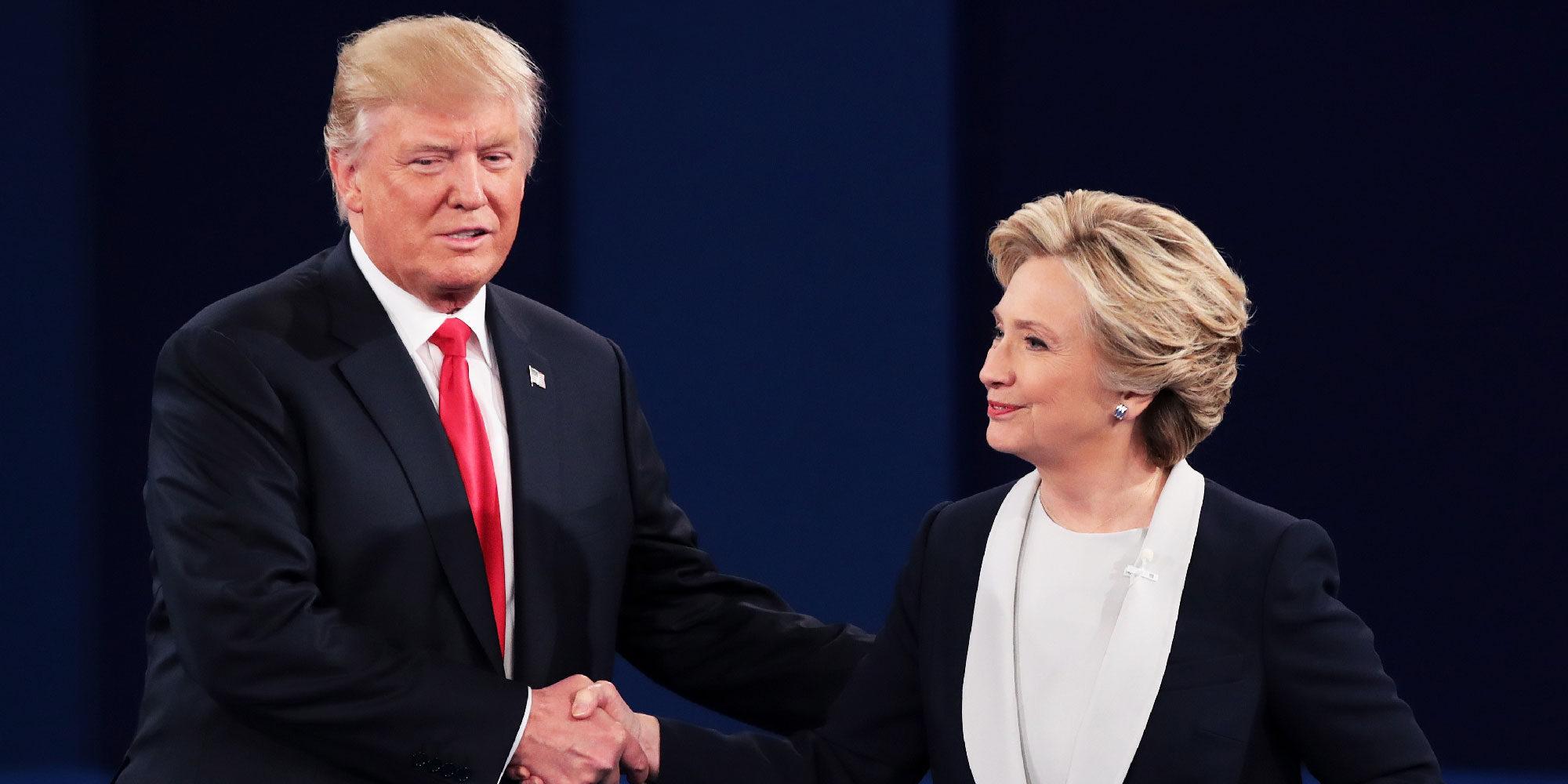 Hillary Clinton y Donald Trump, enfrentados en un tenso debate marcado por los delirios del magnate